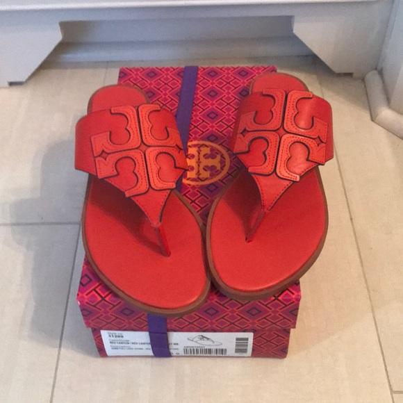 45d12ff035a Brand new Tory Burch Jamie logo thong sandal